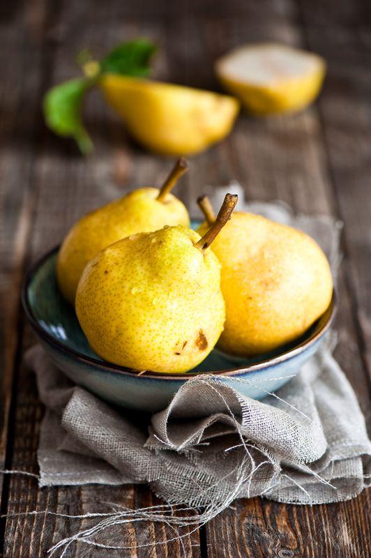 georgianadesign:    Beauty Pears via Cooking for Pleasure Journal.