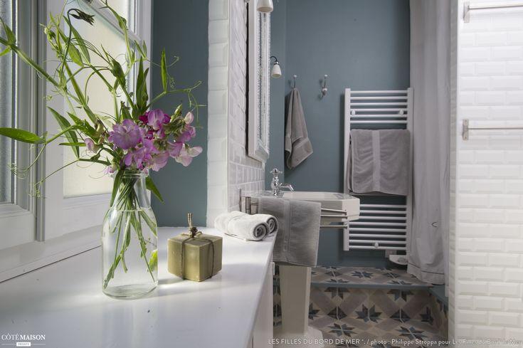 les 926 meilleures images du tableau salles de bains de charme sur pinterest. Black Bedroom Furniture Sets. Home Design Ideas