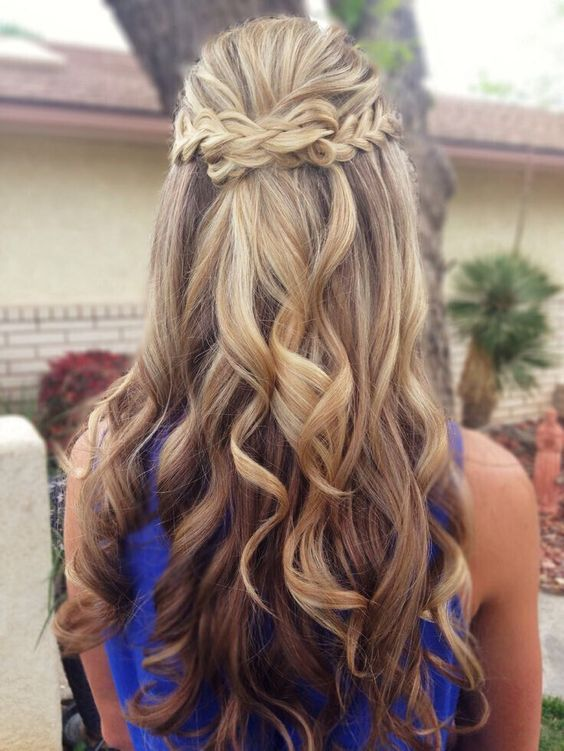 Braided half up half down hairstyles for Wedding & prom - Deer Pearl Flowers / http://www.deerpearlflowers.com/wedding-hairstyle-inspiration/braided-half-up-half-down-hairstyles-for-wedding-prom/