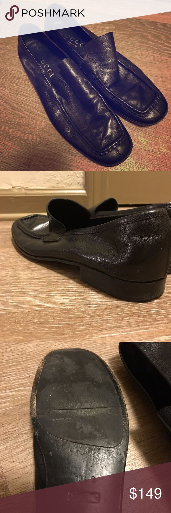Men's Classic Gucci Black Leather Loafers Authentic, Classic, Gucci Shoes. Soft leather, VERY comfortable - signs of wear (see pics!). Still in very good condition. Gucci Shoes Loafers & Slip-Ons