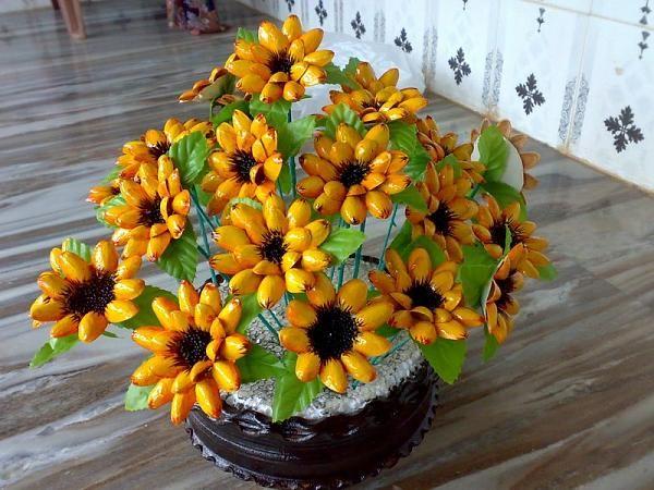 Craft Work With Pista Shells Pista shell flower-img1.jpg