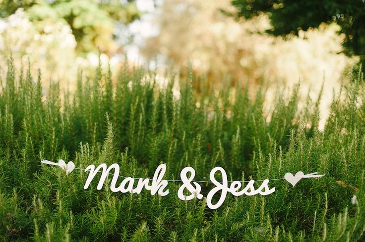 Jess and Mark's beautiful, relaxed and romantic wedding on a rustic setting at Os Agostos. More here: http://www.fotografamos.com/2014/09/18/jess-and-mark-married-algarve-wedding-photographer/