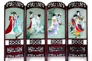 Suzhou embroidery is known as one of the four most famous embroidery genres in China.