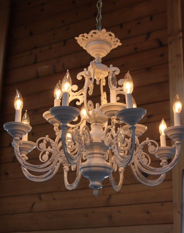 17 Best ideas about Spray Painted Chandelier on Pinterest | Paint ...:started out as a standard brass chandelier - 2 coats of matte spray paint  and detailing,Lighting