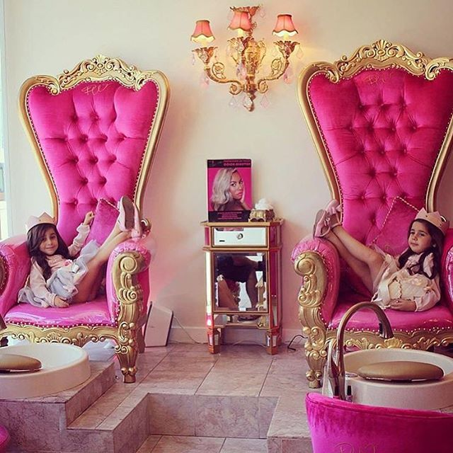 1000+ Ideas About Rich Girl Bedroom On Pinterest