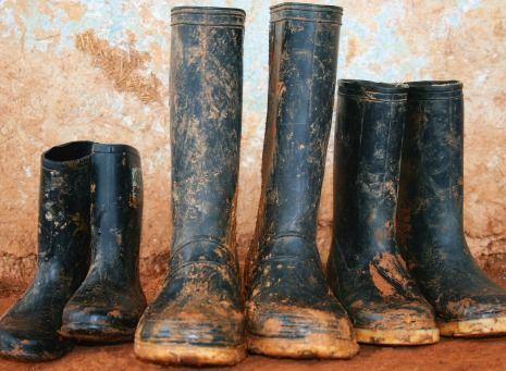 Muddy Rain Boots | @FairMail - Fair Trade Cards  - FDP6317