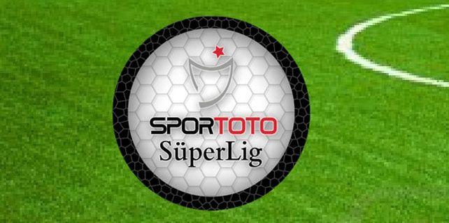 """1959 yılında oynanmaya başlayan, 2001 yılına kadar 1. Lig ismiyle devam eden ve 2001 yılında itibaren Süper Lig ismini alan Türkiye'nin en üst düzey """"Futbol Ligi"""" Spor Toto Süper Lig."""