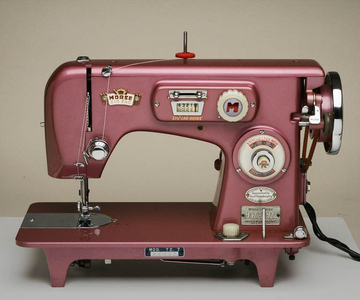 641 best images about sewing machines on Pinterest | Toys ...