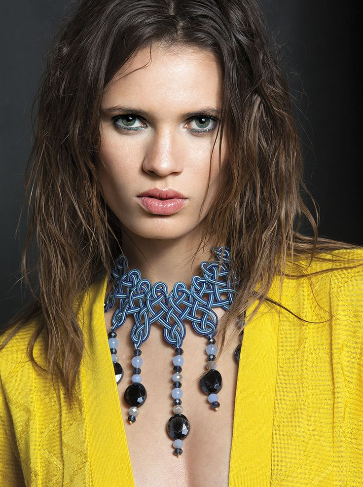 Intreccio bib necklace styled by Daria Di Gennaro photographed by Antonio Barrella for IED project. Model Alane Souza