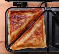 Supersnel met bladerdeeg een Appelstrudel maken in een tosti apparaat