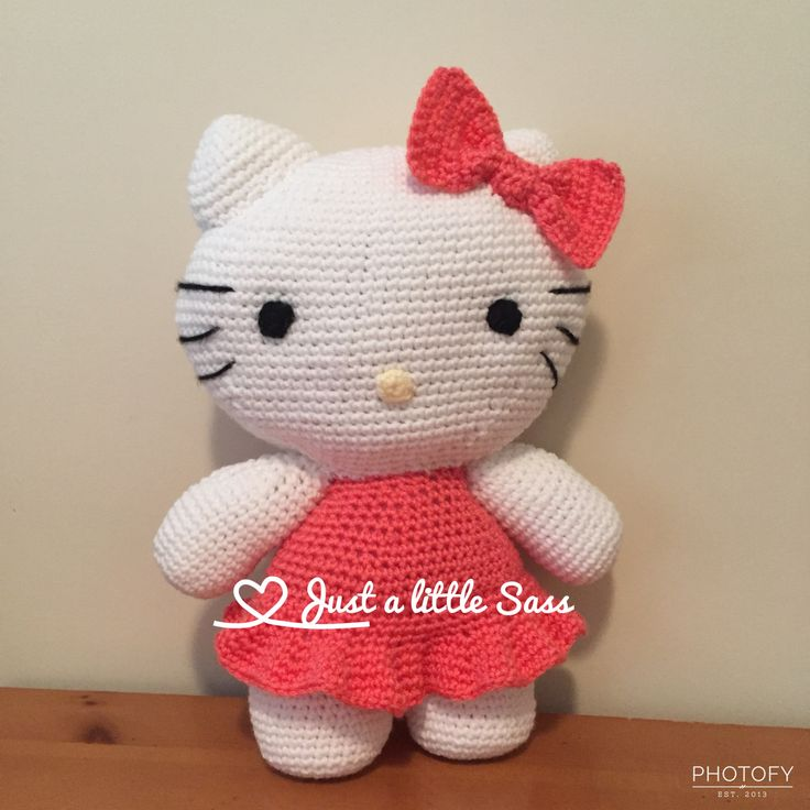 The 25 best hello kitty crochet ideas on pinterest hello kitty hello kitty crochet amigurumi white and coral patternhttp ccuart Image collections