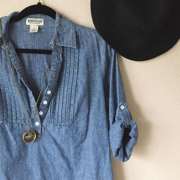 Denim blouse This is a great condition denim blouse, casual and perfect for your trip to the coffee shop. Thick material. Can be worn long sleeves down, or rolled and buttoned for a 3/4 length sleeve. Tops Button Down Shirts - blouses, denim, formal, simple, neck, for teenager blouse *ad