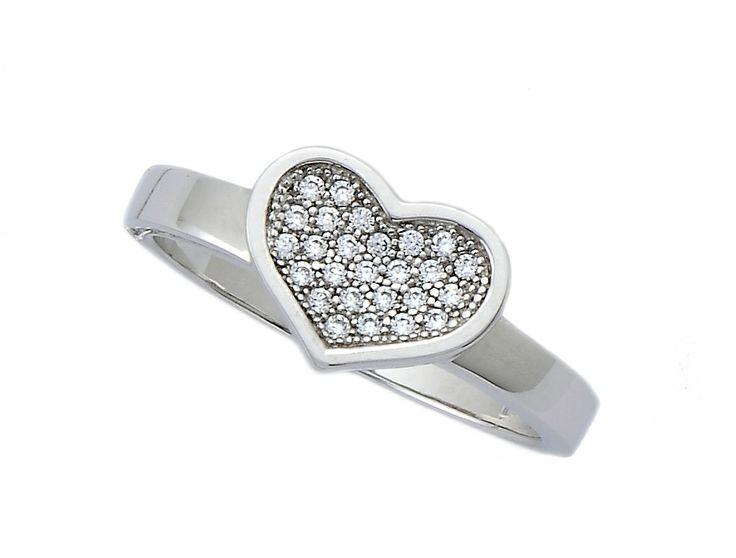 In love!!!! http://www.silver4you.gr/rings/222-daxtulidi-kardia.html
