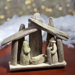 Driftwood Nativity for your Beach Theme Christmas Tandy!