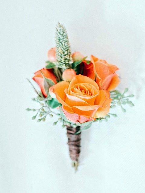 37 Fall Wedding Boutonnieres For Every Groom | HappyWedd.com