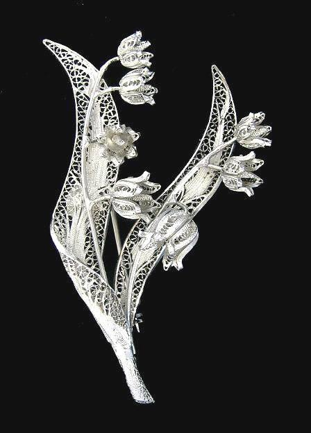 VINTAGE REBE STERLING SILVER FILIGREE LILY OF THE VALLEY FLORAL BROOCH.  Beautiful, I would never take it off.