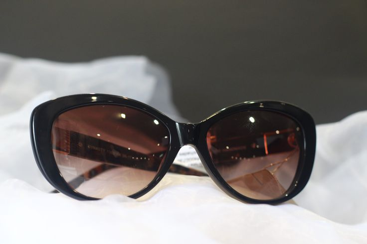 Modern Woman's Sunglasses