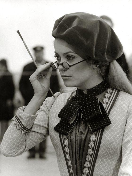 Catherine Deneuve dans le film « mayerling » en 1968.