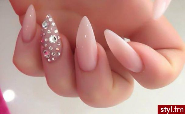 Natural pointy nails with diamonds