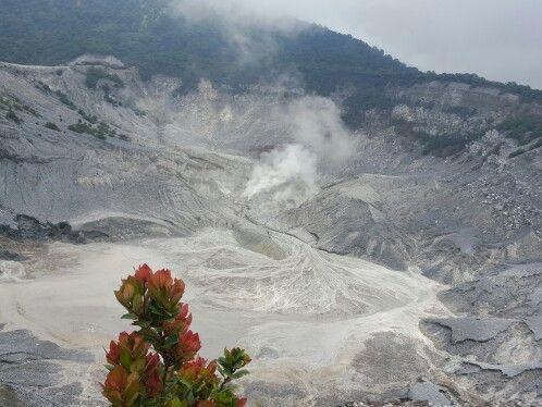 Gunung Tangkuban Perahu Bandung - Jawa Barat