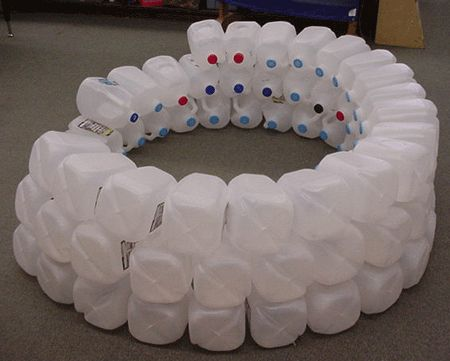 How to Make an Igloo at Little Giraffes Teaching Ideas- what a fun thing to make for a reading nook or a story circle to learn about Alaska, the eskimos, etc.