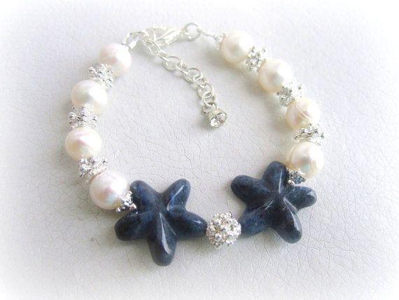 Freshwater pearls bracelet starfish sodalite by MalinaCapricciosa