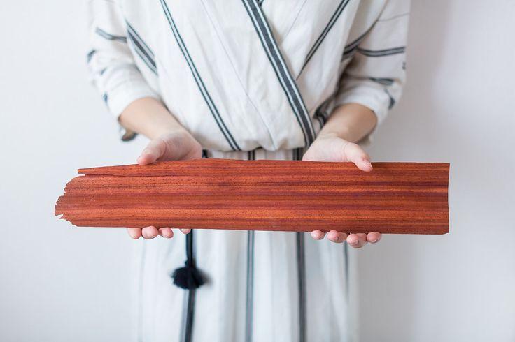 Veneer rosewood http://instagram.com/cozyfur_  #wood #rosewood #palisander #woodart #craftsposure #makersgonnamake #cozyfur #veneer #marquetry