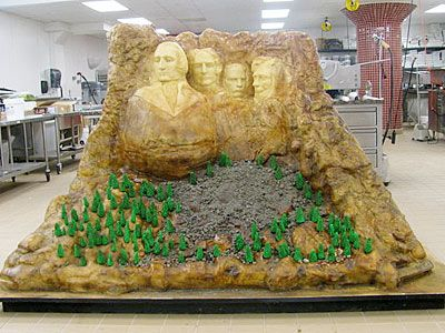 The Talking Box: Cake Boss: Mount Rushmore & Marissa's Cake