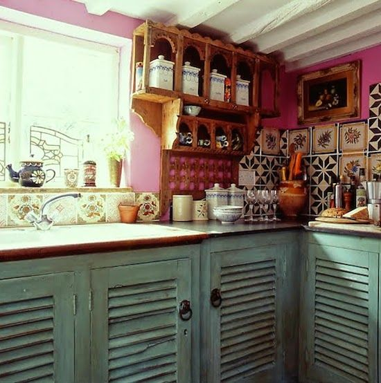 Best 25 bohemian kitchen ideas on pinterest cozy kitchen cozy house and bohemian rug - The rolling shutter home in bohemia ...