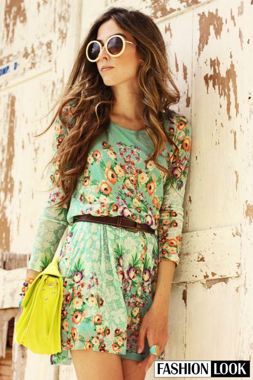 HOT or NOT? Nám sa tento outfit páči veľmi, možno keby mala kabelka trochu tlmenejší odtieň žltej..:) #fashion #HOTorNOT #summer #sunglasses #floral