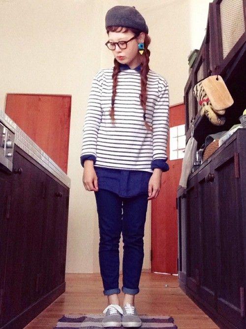 ベレー帽 BEAMS BOY・ イヤリング SLY・ シャツ UNIQLO・ ボーダーT SAINT JAMES古着・ パンツ しまむら・ スニーカー しまむら  #striped #spring #outfits #style #Jeans #denim #Beret