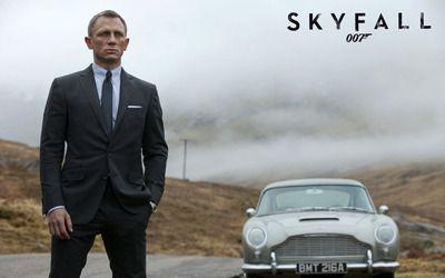 James Bond - Skyfall wallpaper