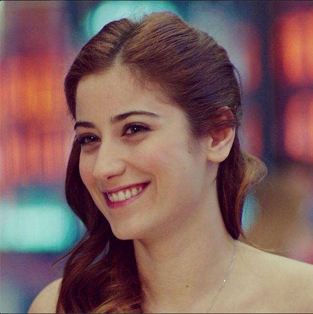 Hazal Kaya ... turkish actress