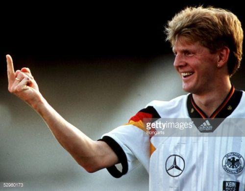 FUSSBALL: DFB - Team Stefan EFFENBERG - Stinkefinger FOTO:... #rude: FUSSBALL: DFB - Team Stefan EFFENBERG - Stinkefinger FOTO:… #rude