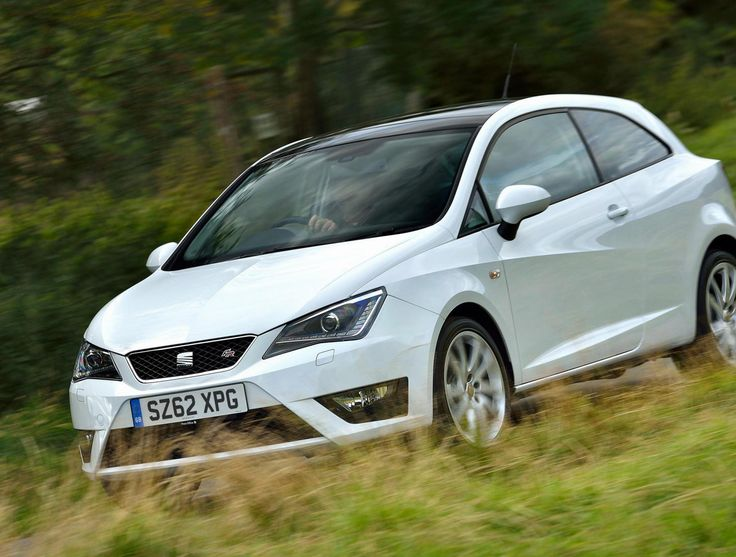 Seat ibiza serie speciale black and white dress