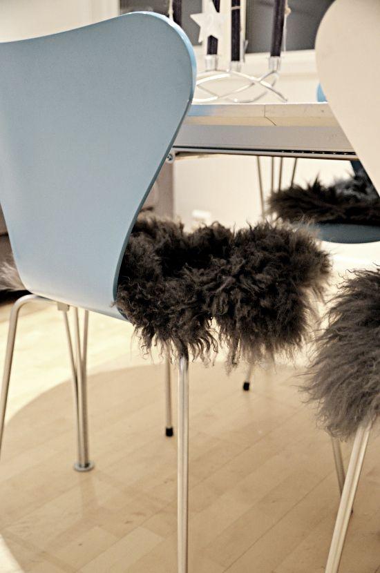 Arne Jacobsen - Syveren. # Dansk design skinn stue spisestue stol klassiker blå