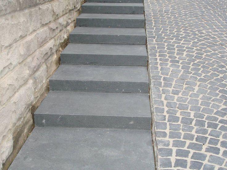 Bildergebnis für pflastersteine beton mit natursteinen kombiniert