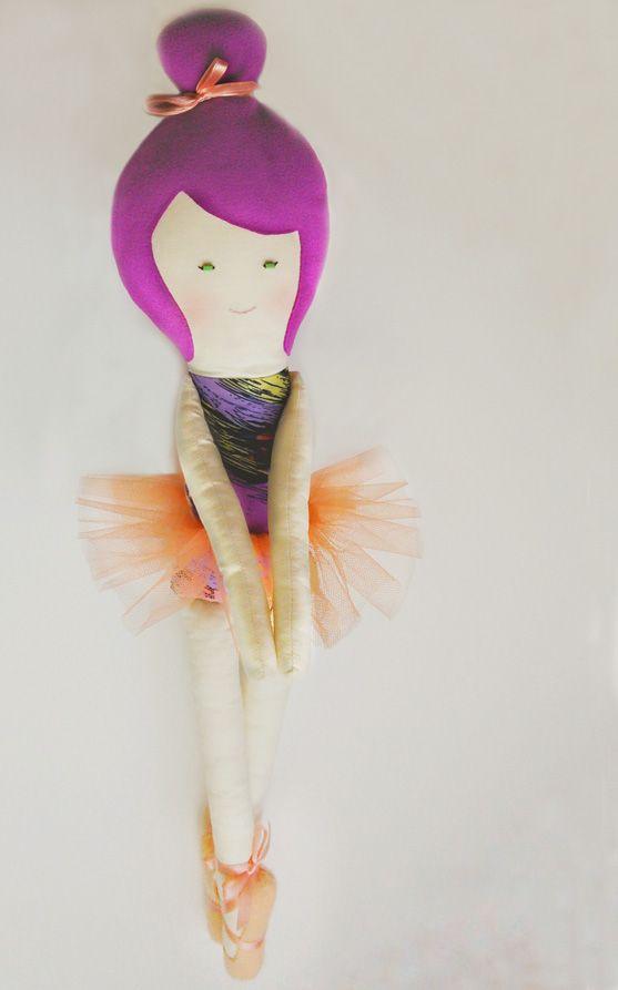 Papusa MIA balerina. handMade in Pravalia cu Papusi