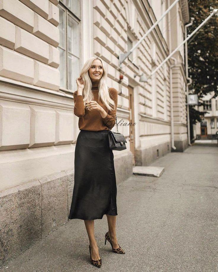 Silk skirt midi long fall look black a-line skirt outfit Silk slip bias black wear street style look