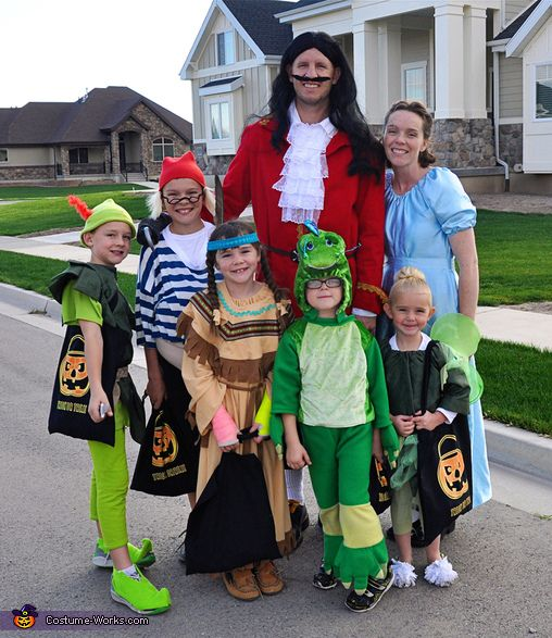 This homemade costume for families entered our 2013 Halloween Costume Contest.