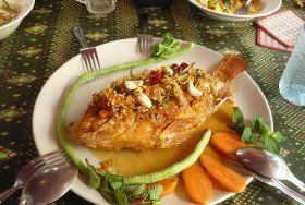 User uploaded image for Deep Fried Fish With Garlic Sauce, 'Pla Kapong Keemao'
