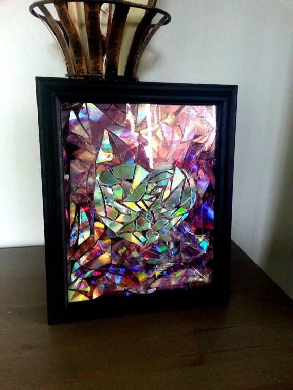 Diy Wall Decoration With Cd : Upcycled cd wall art eco friendly handmade heart