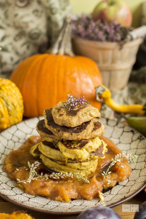 Pumpkin millet pancakes with pumpkin plum mousse. Fit gluten-free sugar-free pancakes with millet groats, yoghurt and spices. Served with pumpkin & plum jam