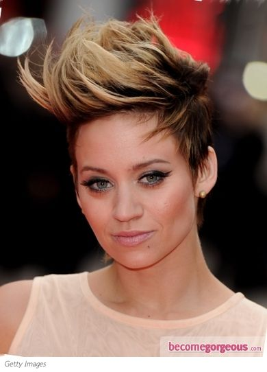 two tone hair styles 1000 ideas about two toned hairstyles on 4647 | 6d03c5fa6d39b1683c91234fcebfa8f7