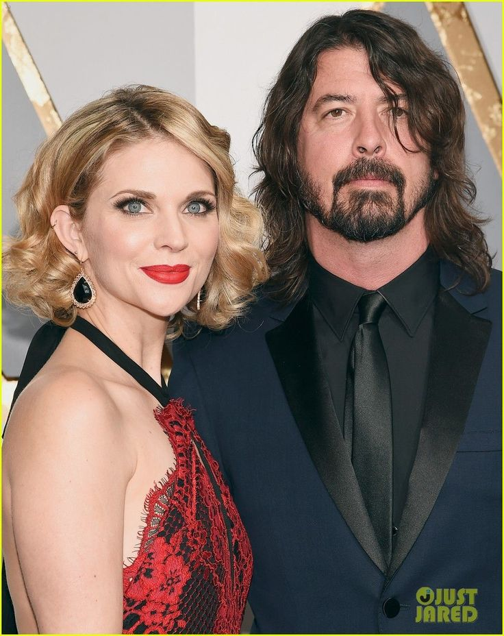 dave grohl attends oscars 2016 with wife jordyn blum a in