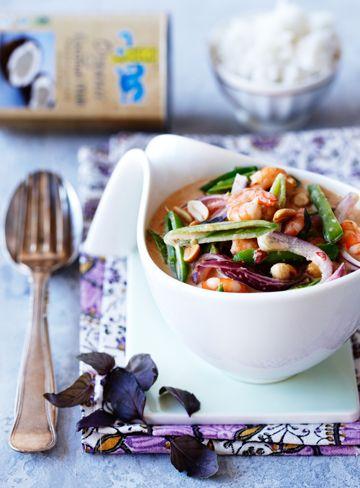 Kokosmælk giver en dejlig cremet sauce og er en uundværlig ingrediens, når man laver mad fra det asiatiske køkken.