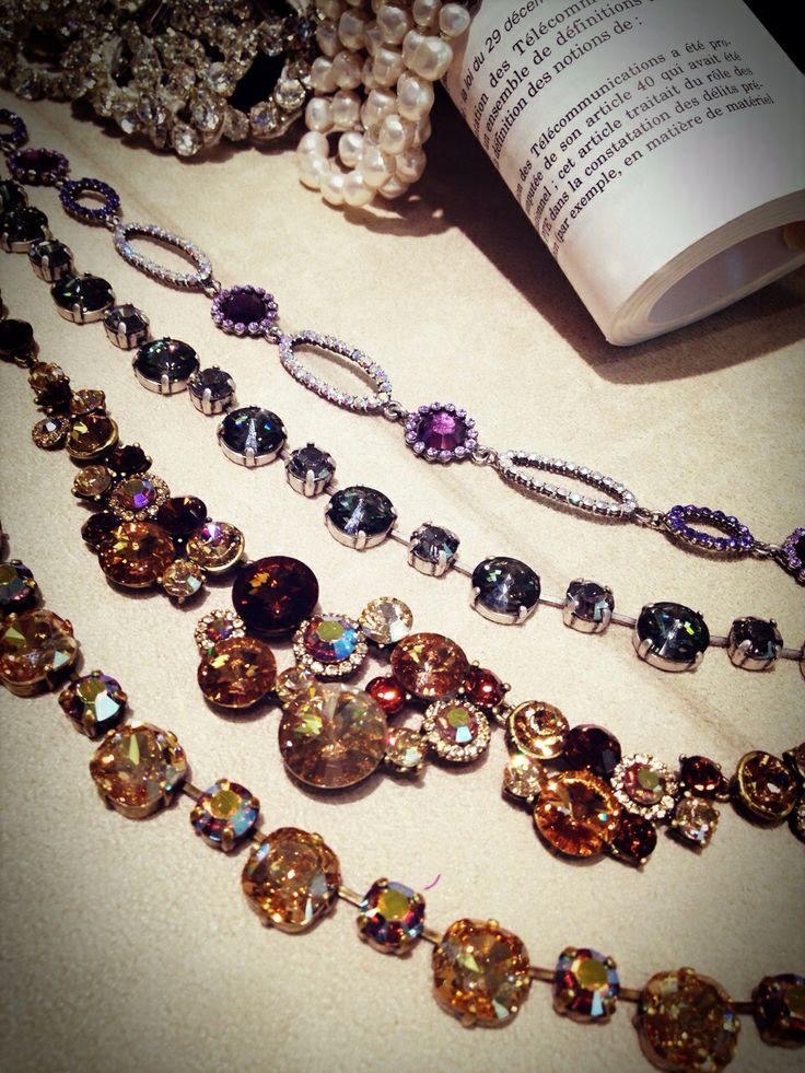 necklace Purple 07-8248 Black 07‐8197 Gold 07‐8246 Gold 07‐8247