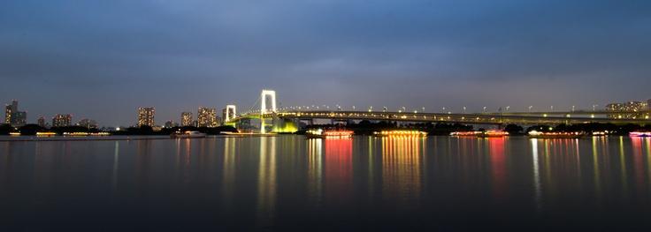Rainbow bridge at Odaiba, Tokyo