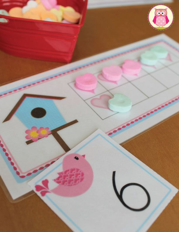 Valentine's Day math activities.  Two sets of 1-20 ten frame cards plus a set of 1-20 numbered love bird cards = many opportunities for learning early math skills. The activities will help children with  ♥counting ♥one-to-one correspondence  ♥cardinality ♥subtizing ♥numeral recognition ♥early addition