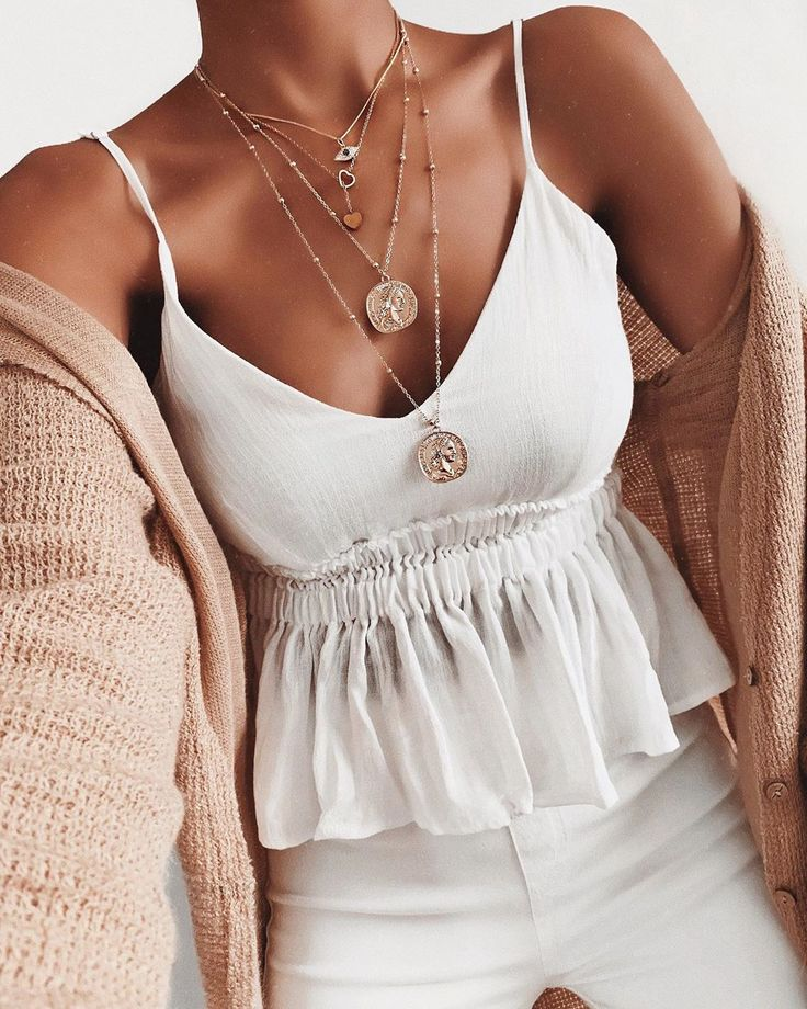 White and pink summer outfit – Lara